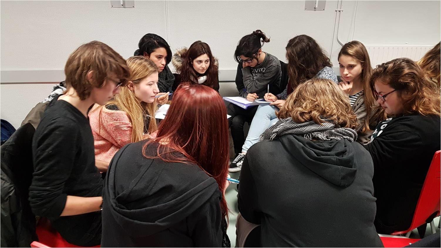 Cercles de débats argumentatifs franco-italiens autour de la sélection 3 du Festival du Film court
