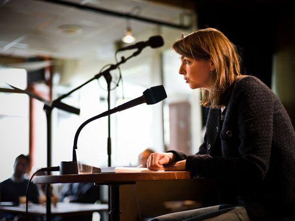 Lecture - Julie Delaloye : Malgré la neige