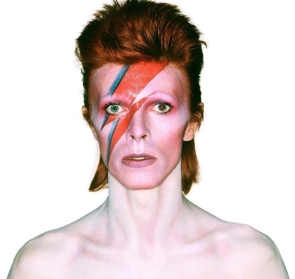 Photo de David Bowie dans son célèbre personnage