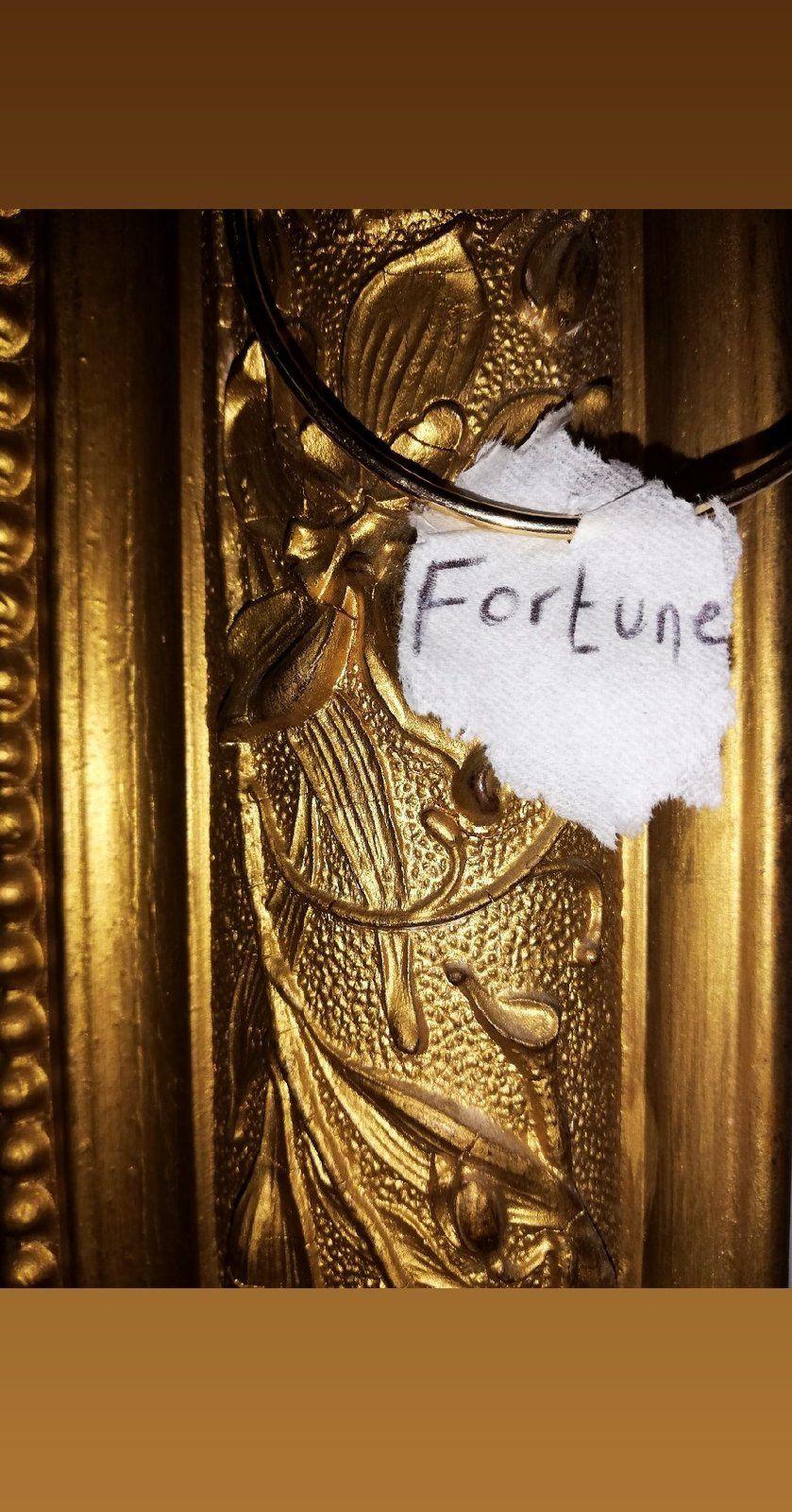 De l'or en lettres.