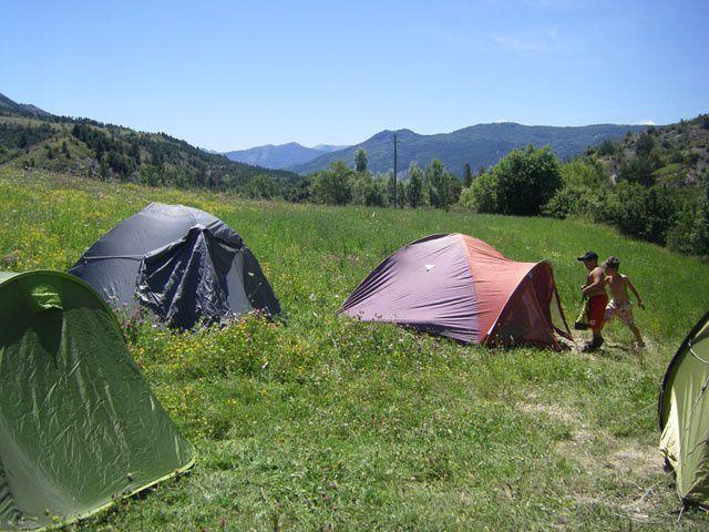 Tartonne : Les joies du camping