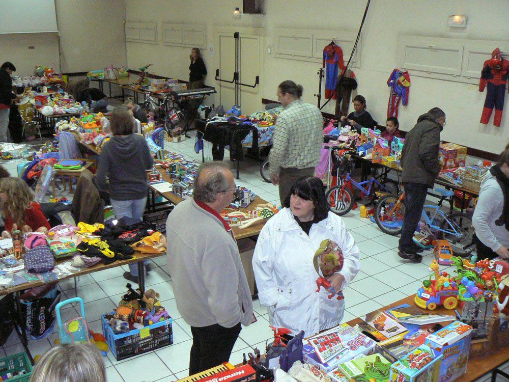 Saint André les Alpes : La bourse aux jouets a fait le plein