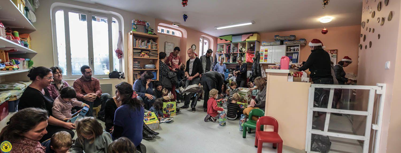 le Père Noël était présent à la crèche Verdon enchanté