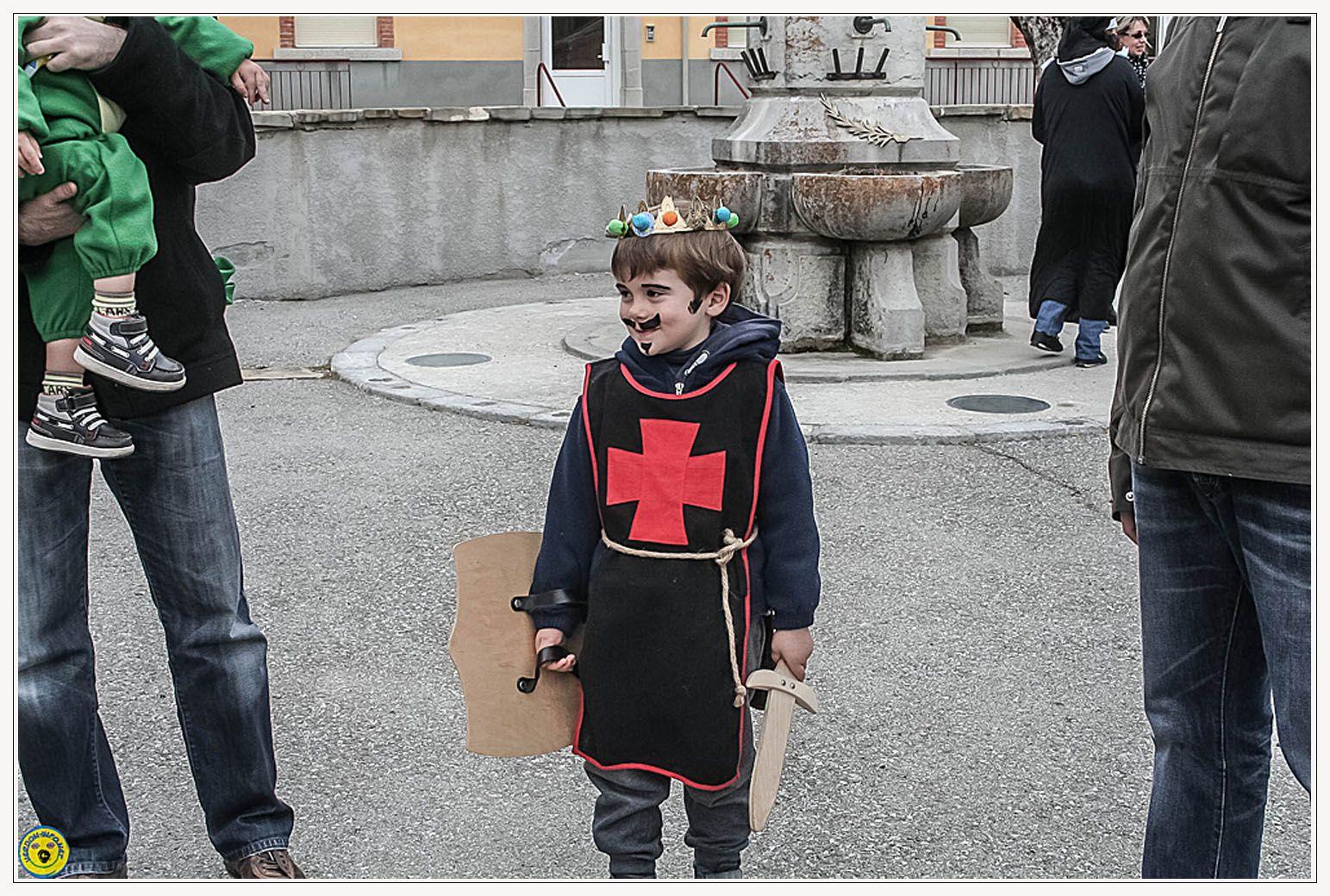 St André les Alpes : le carnaval du comité des fêtes