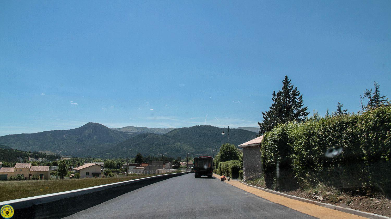 La zone piétonne, la Mure Argens St André les Alpes , la dernière ligne droite