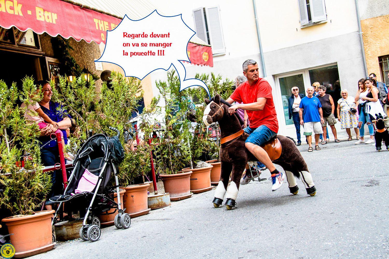 Pas toujours simple à dompter les chevaux à roulettes