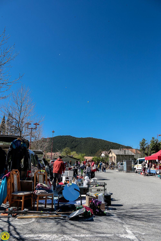 St André les Alpes , le Vide-greniers du 8 mai