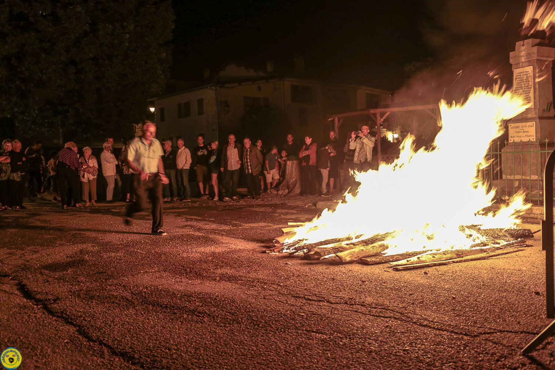 La Mure Argens  :  Feu de la Saint-Jean