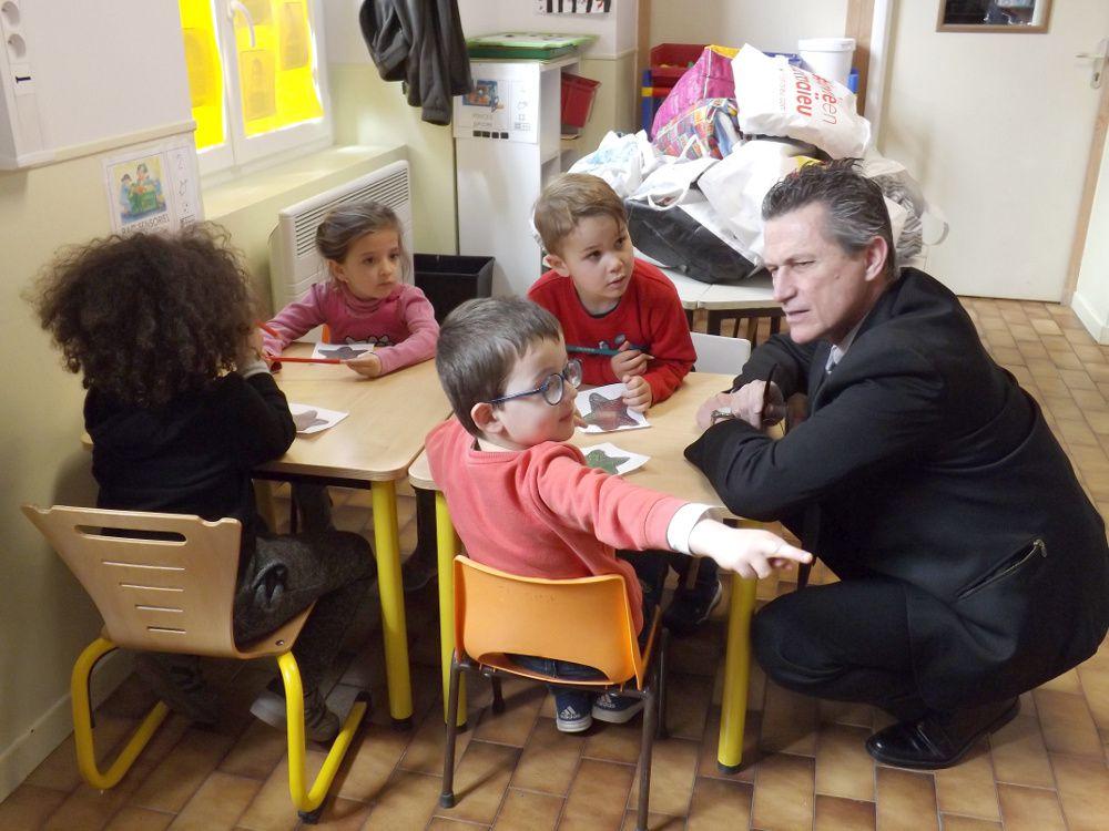 Barrême École Victor Hugo,Les Services Départementaux de l'Éducation Nationale en visite pour la ''Semaine de la Maternelle''