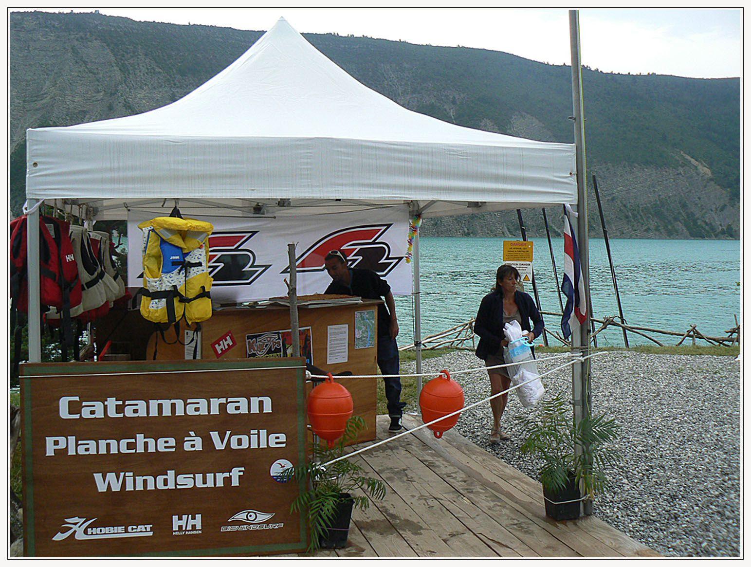 Saint André les Alpes : Le lac de Castillon ou la plage à la montagne