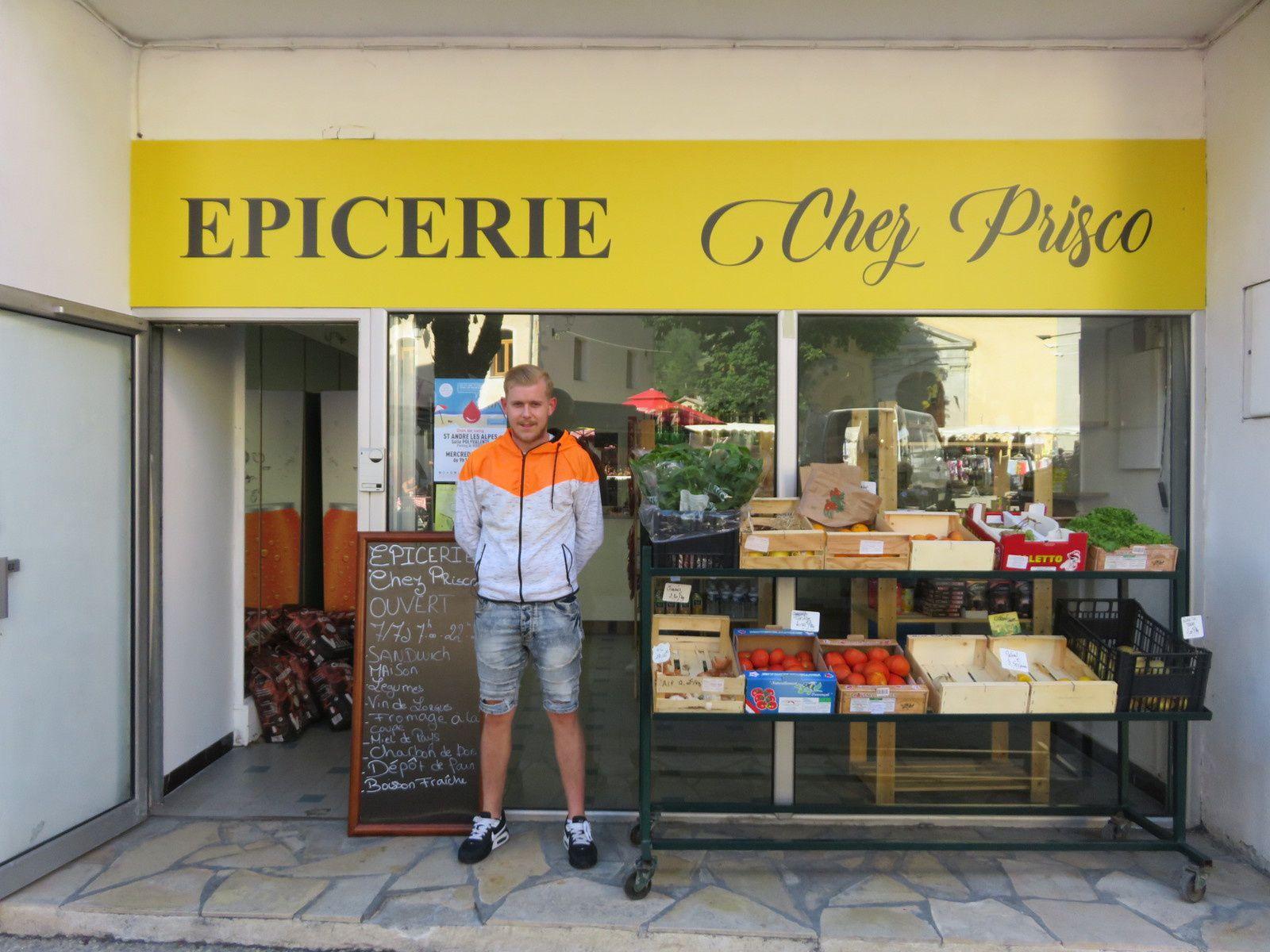 Saint André les Alpes : Une nouvelle épicerie Grand rue