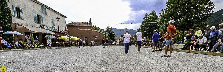 La compétition bouliste de la fête de St André les Alpes