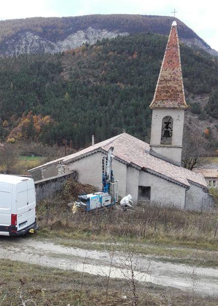 Lambruisse : Premiers travaux à l'église