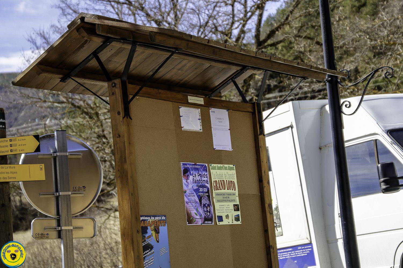 La Mure Argens panneau d'affichage  communautaire restauré