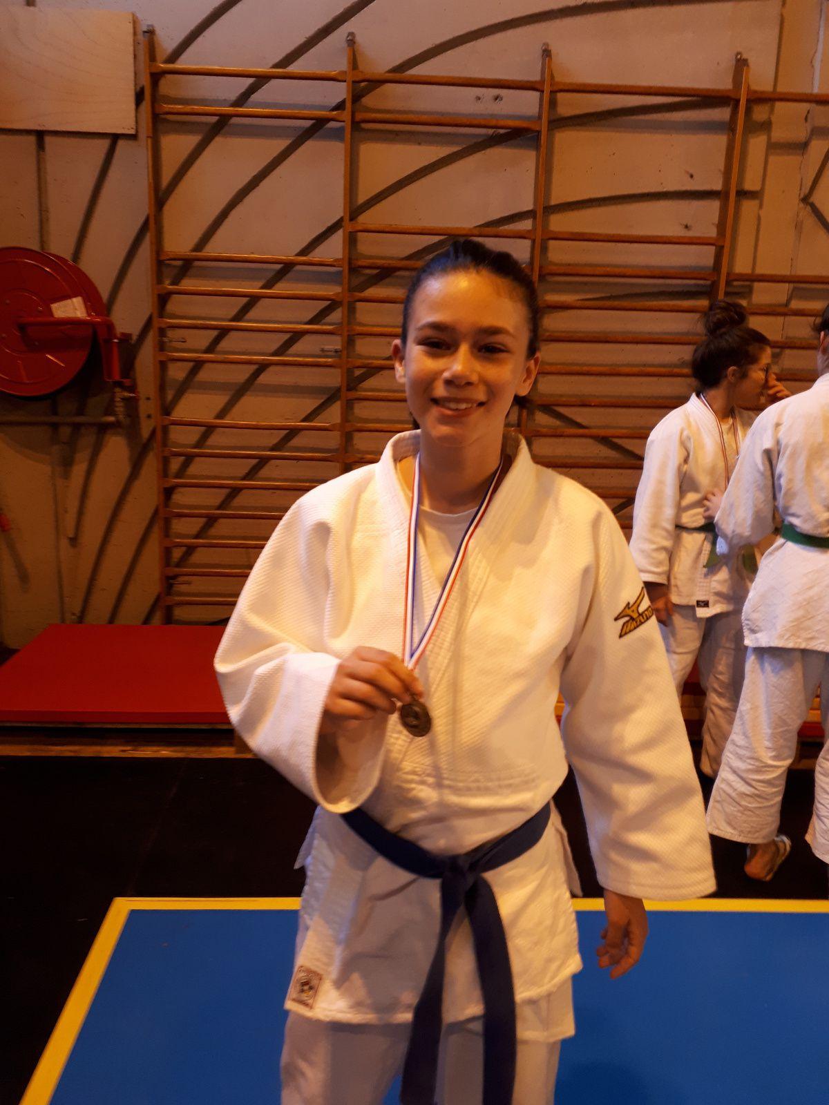 Saint André les Alpes: Le judo club enflamme les tatamis