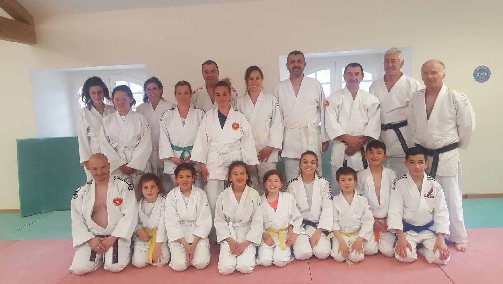 Castellane ; Stage de Judo/Escalade à la Palud sur verdon pour le Judo Club Castellanais