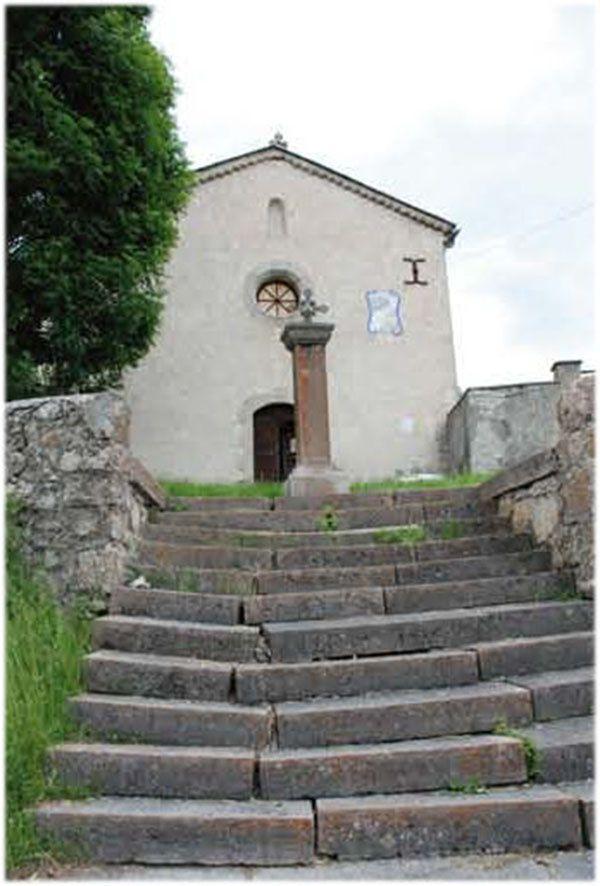 Lambruisse:L'Asso pour la restaurationde l'église persiste et signe