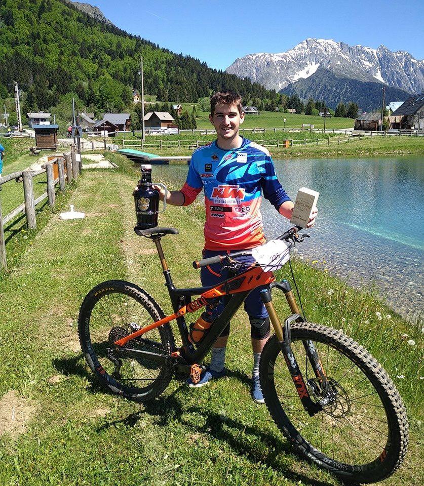 Barrême Lucas remporte le trophée enduro des alpes !