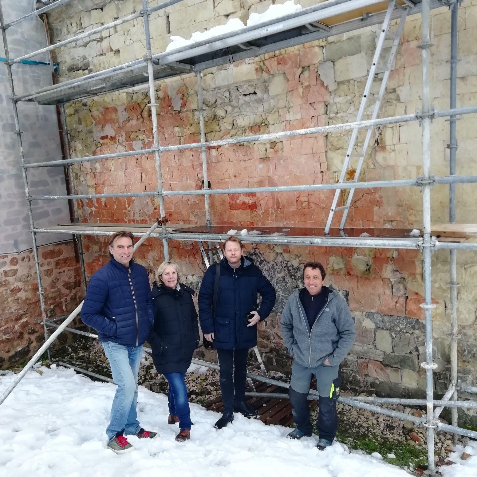 Castellane  : Travaux restauration de la chapelle St Thyrse a Robion