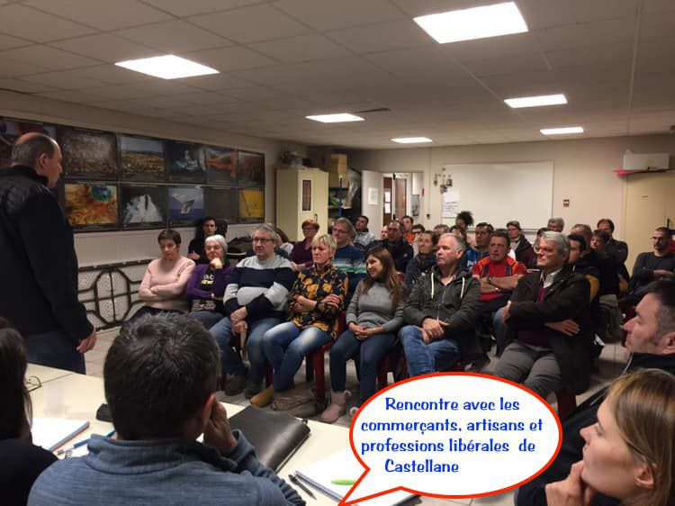 """Castellane  : Bernard LIPERINI et son équipe """" Pour l'avenir de Castellane """" : Réunion  avec  les commerçants..."""