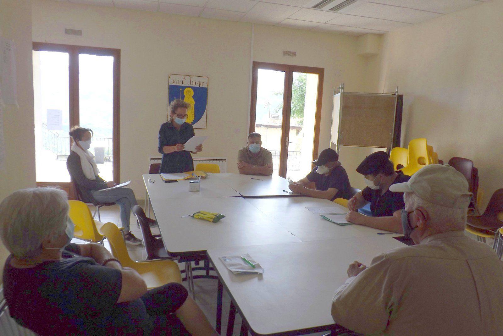 Saint JACQUES : Alix CHAILLAN se succède à elle même au poste de Maire