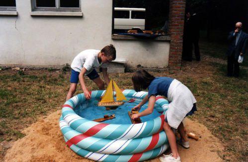 Jeux d'enfants... à la rencontre des éléments... l'apprentissage de la Vie dans sa dimension Ludique...