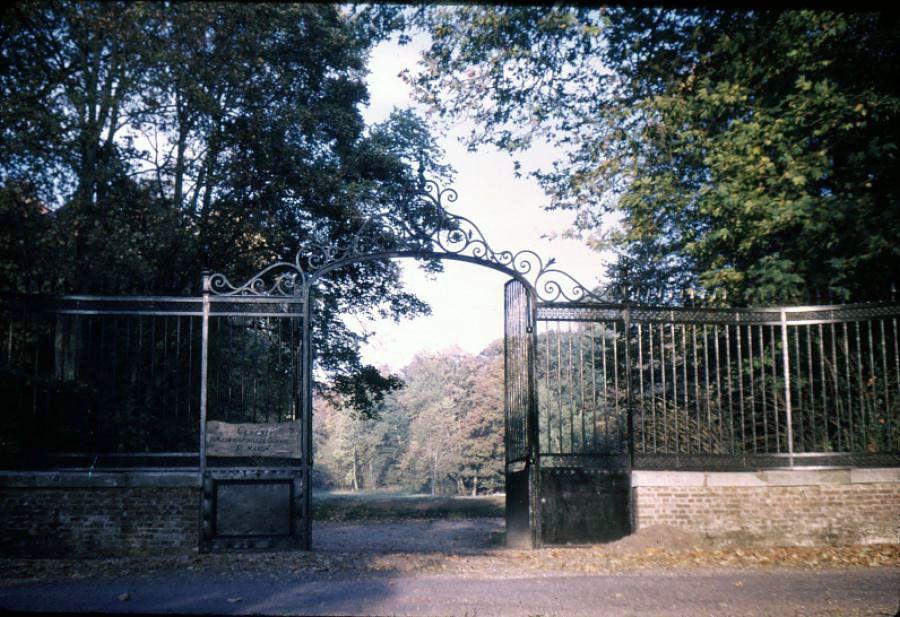 Le portail d'entrée du Centre Saint-Martin...