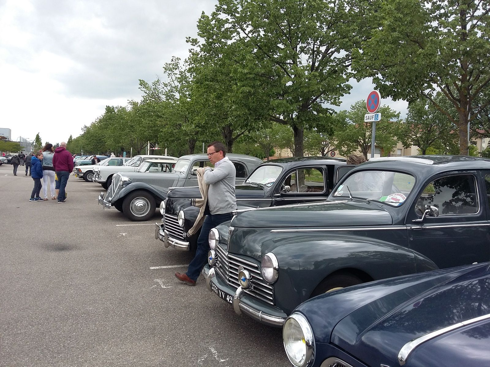 JOURNEE NATIONALE des VEHICULES d'EPOQUE 28 avril MONTBRISON