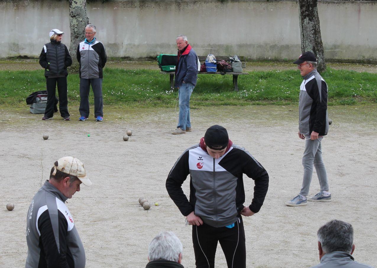 2017.03.18 Le Château d'Oléron / Sport Boules Saintes .