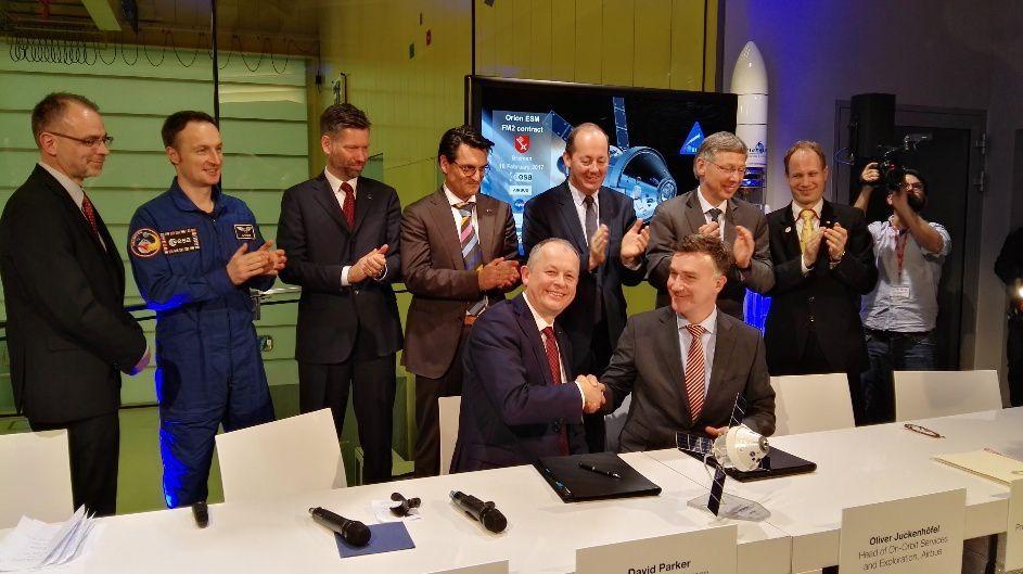 Contrat signé entre l'ESA et Airbus D&S pour la construction du second module de service d'Orion ESM-2