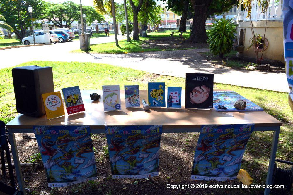 Affiche d'Olivier Deschamp qui a gagné le concours et les livres en lice