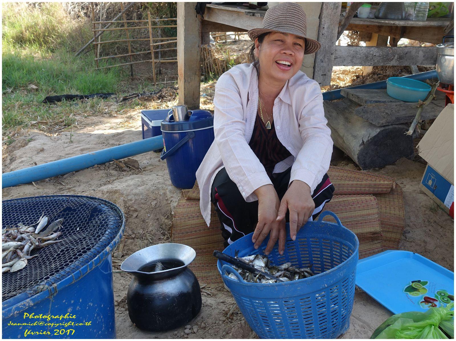 La pêche en Isaan vidéo (Thaïlande)
