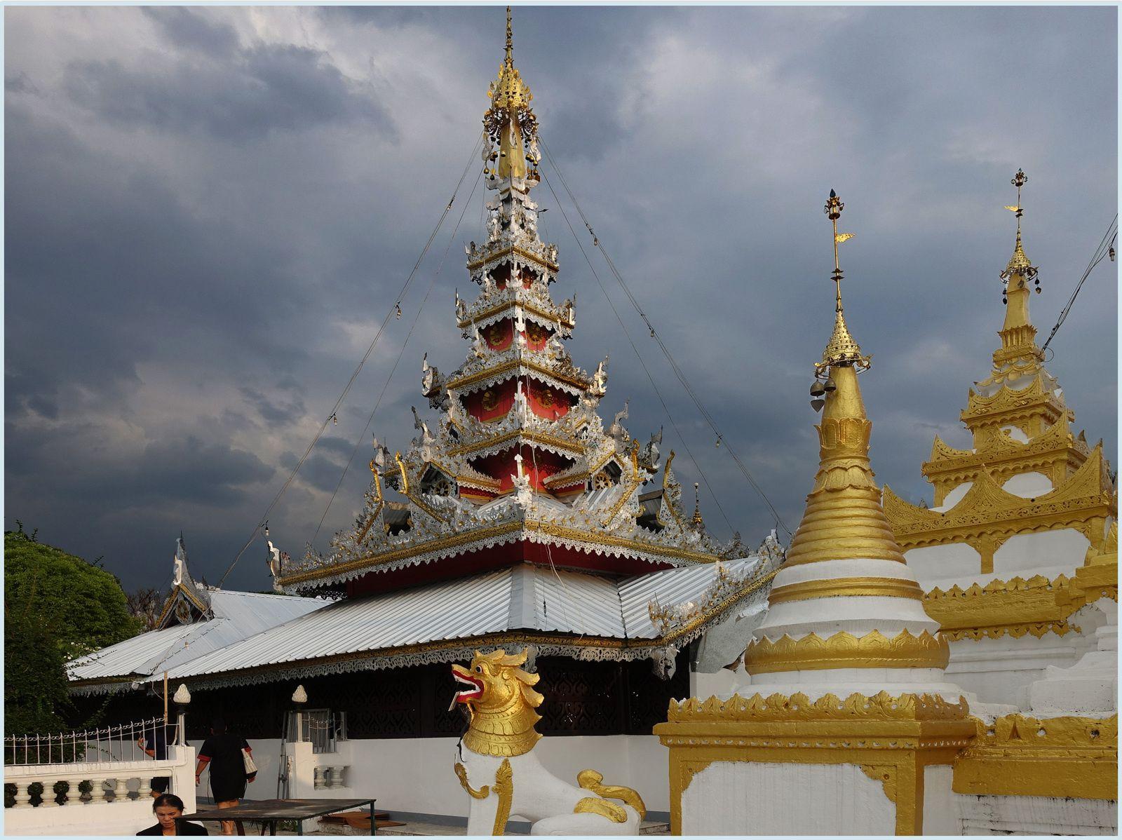 Les temples de Mae Hong Son