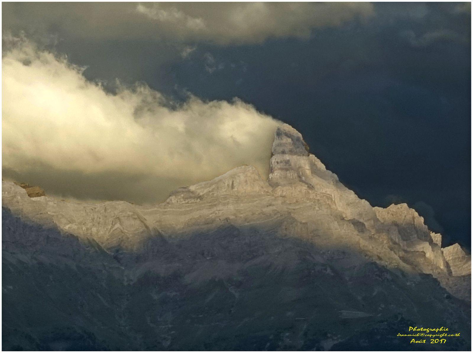 Ciels d'orages et coucher de soleils (Monthey, Valais)