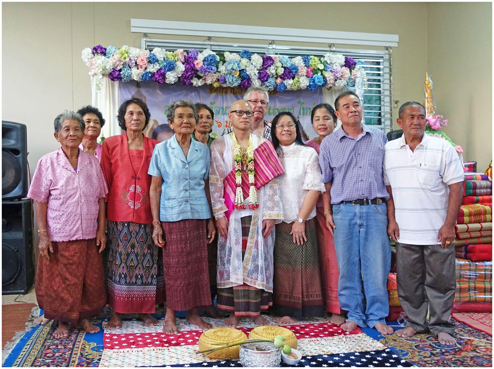 Les différentes étapes amenant à la vie monacale I (Thaïlande)