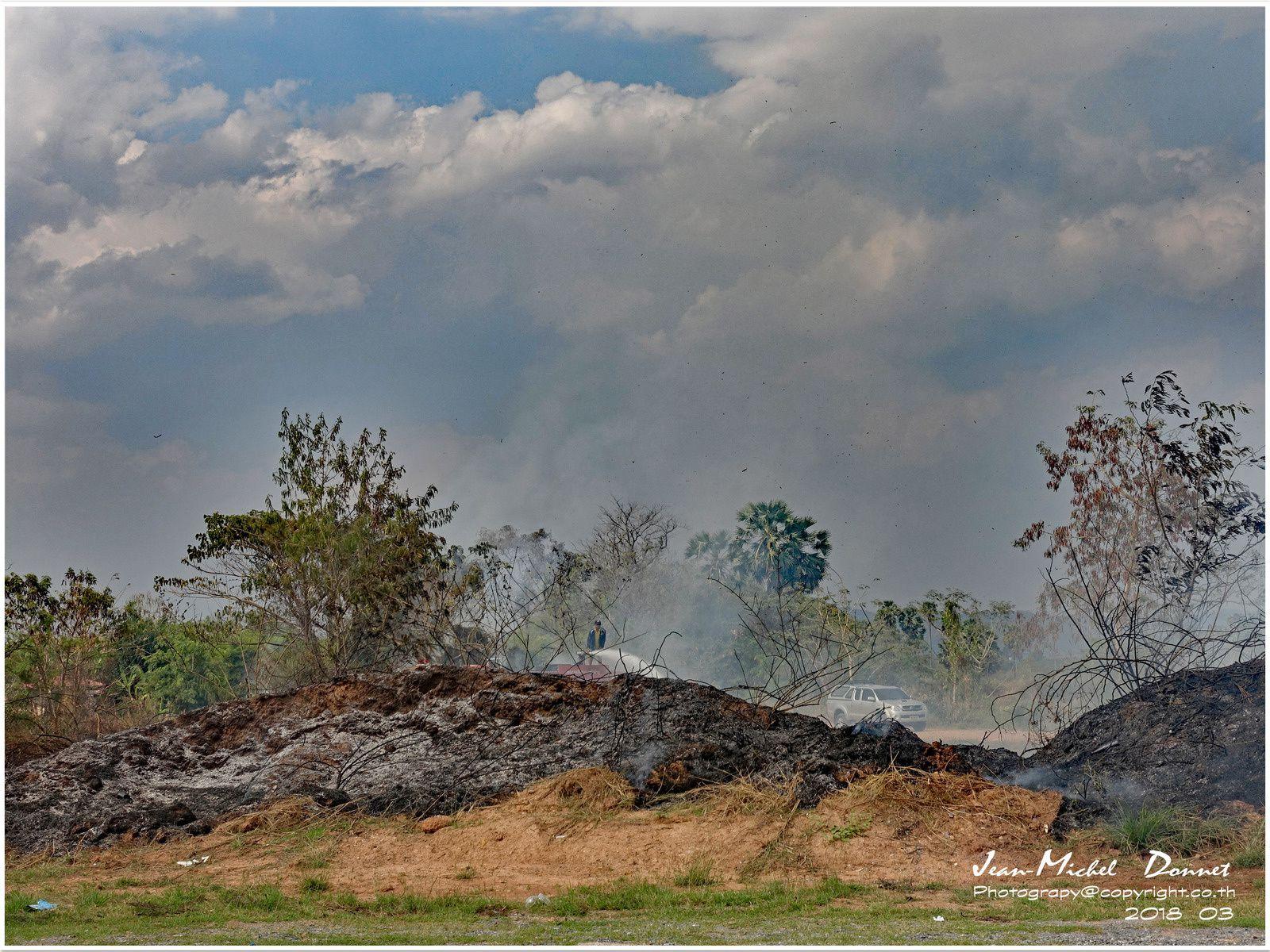 Au coeur des flammes.... (Thaïlande)