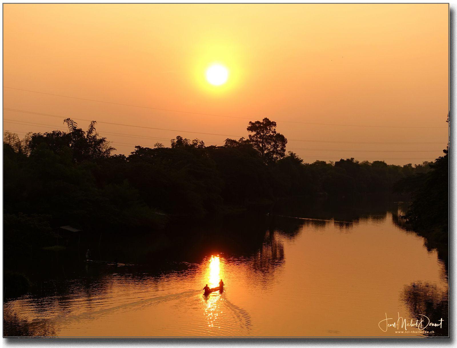 Balade matinale (Ubonrat, Thaïlande)