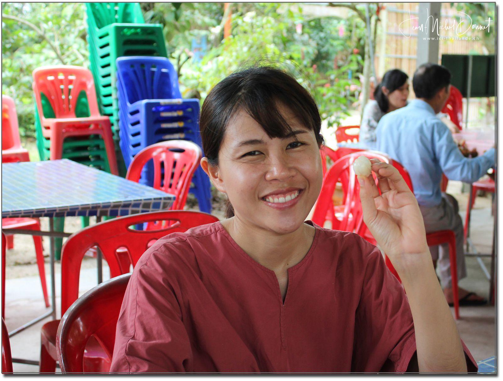 Dégustation de fruits (Ban Phe, Thaïlande)