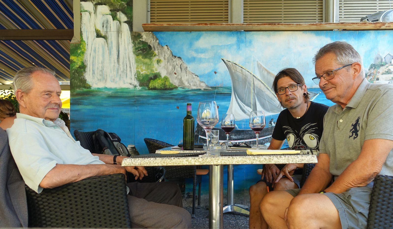 Au restaurant avec mon fils Amaël