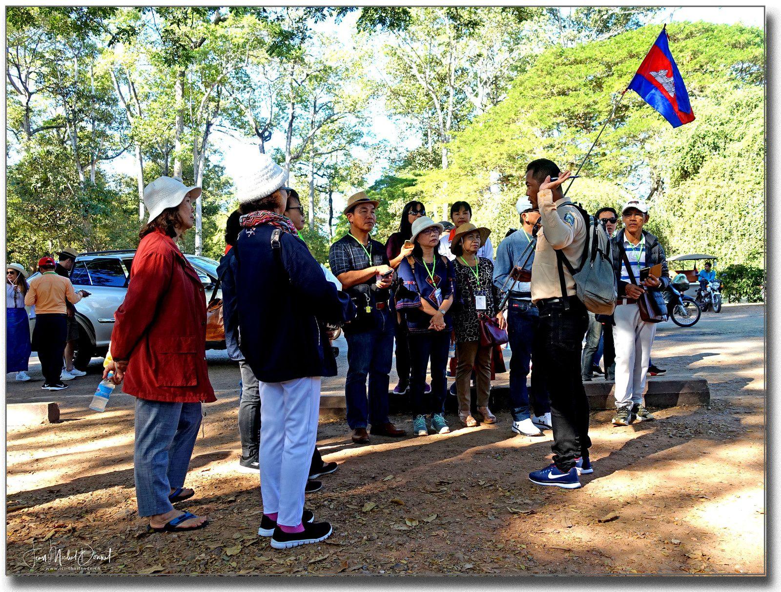 Sites historiques d'Angkor, la porte Sud (Angkor Thom)