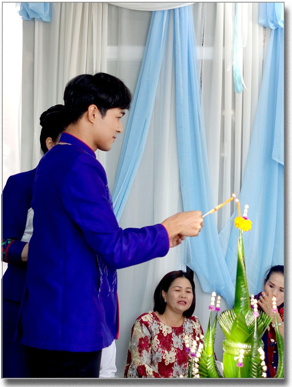 Mariage de Anny et Pik (Renu Nakhon, extrême Est de la Thaïlande)