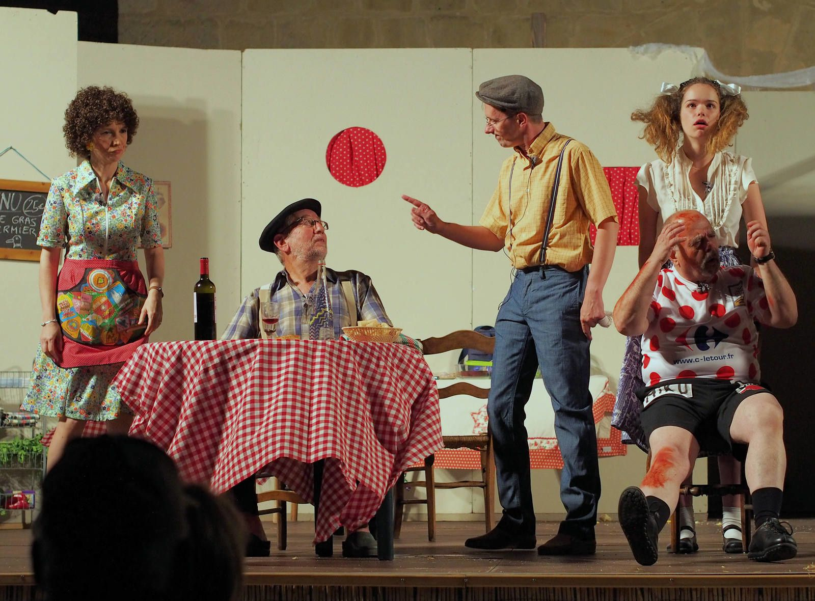 Les Comédiens d'Avignonet dans la pièce de 2016