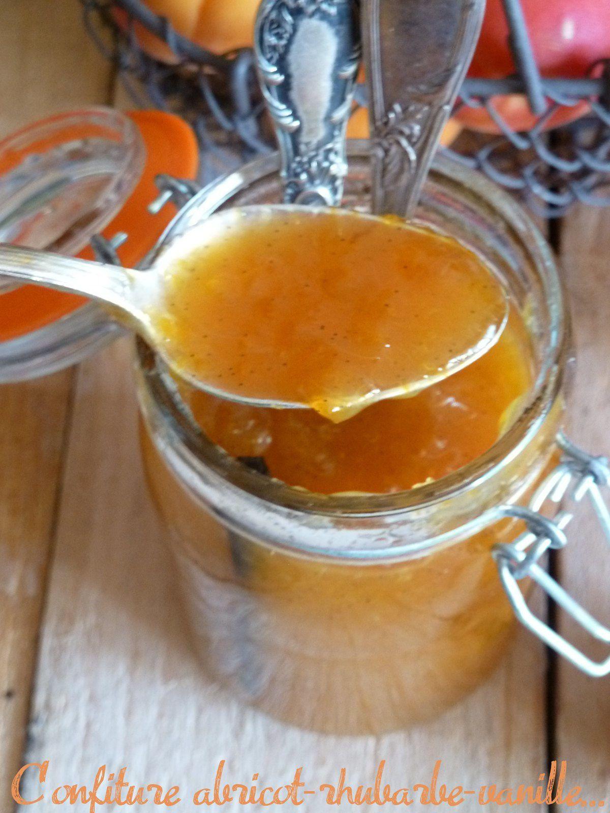 Confiture abricot et rhubarbe à la vanille