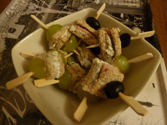 Brochettes apéritive au chèvre et bleu d'auvergne