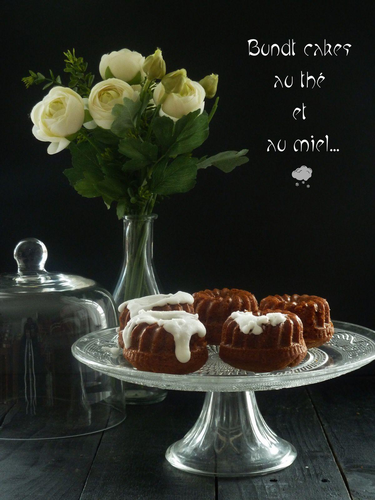 Bundt cake au miel et au thé glaçage citron