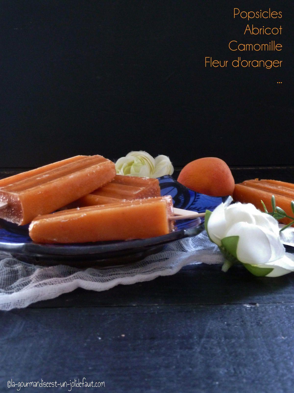 Popsicles sorbet abricot parfumé à la camomille et à la fleur d'oranger