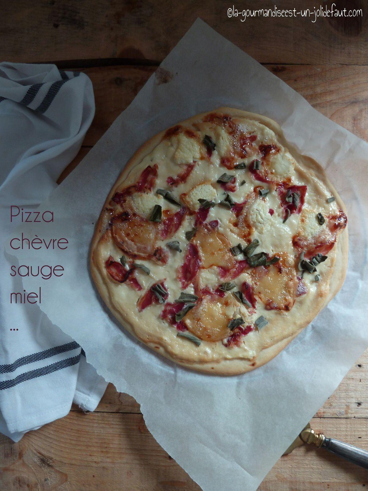 Pizza chèvre-sauge etc...