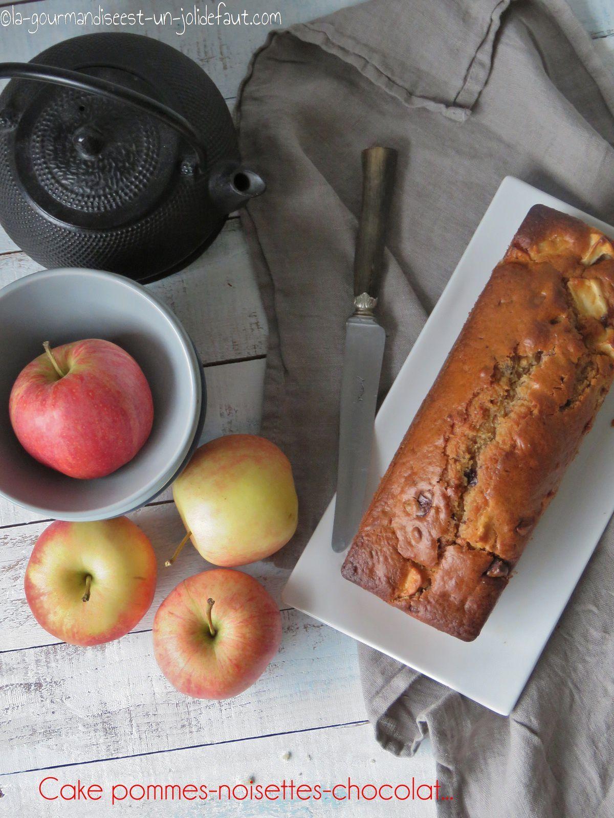 Cake aux pommes, noisette et chocolat
