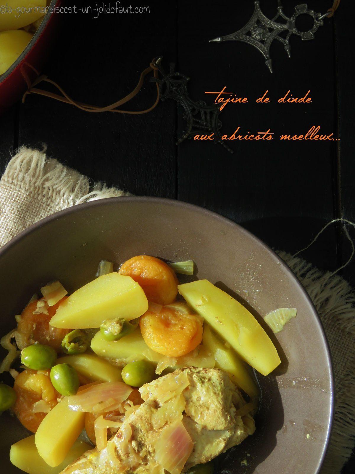 tajine, dinde, abricot, olive, pommes de terre