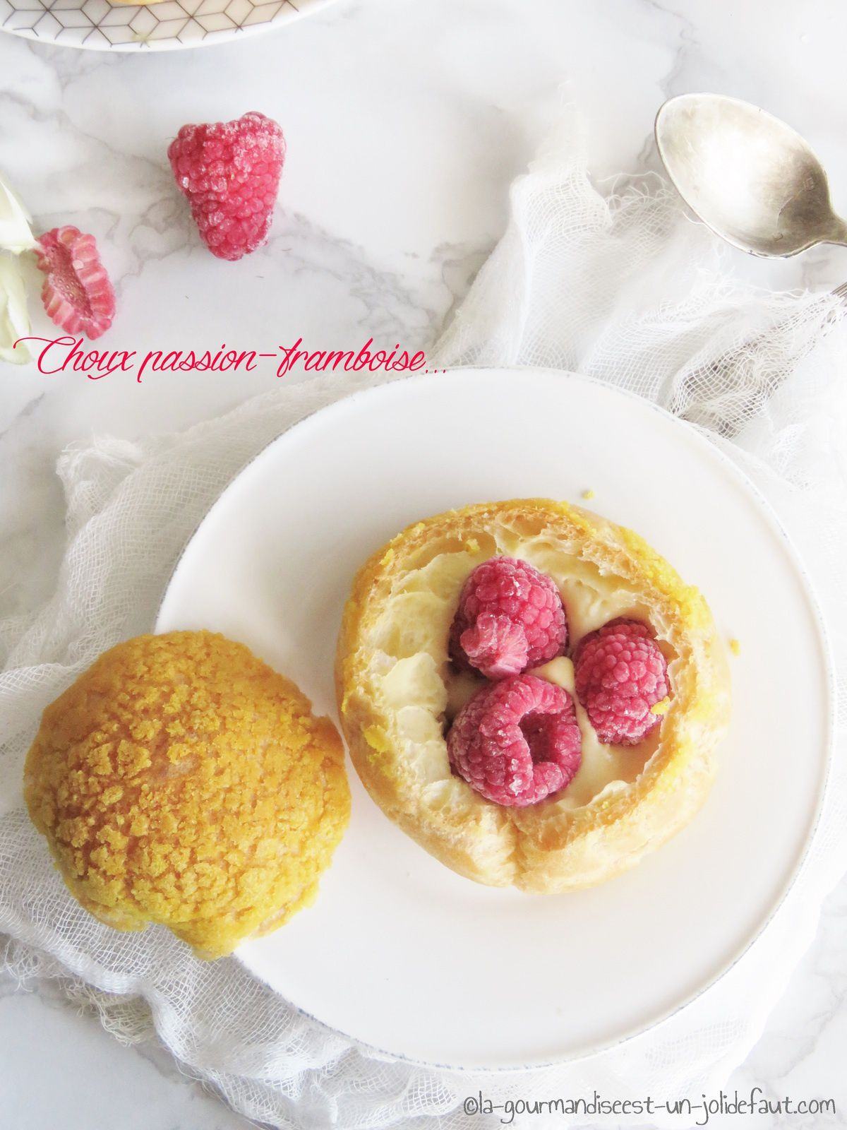 Choux Passion-framboise